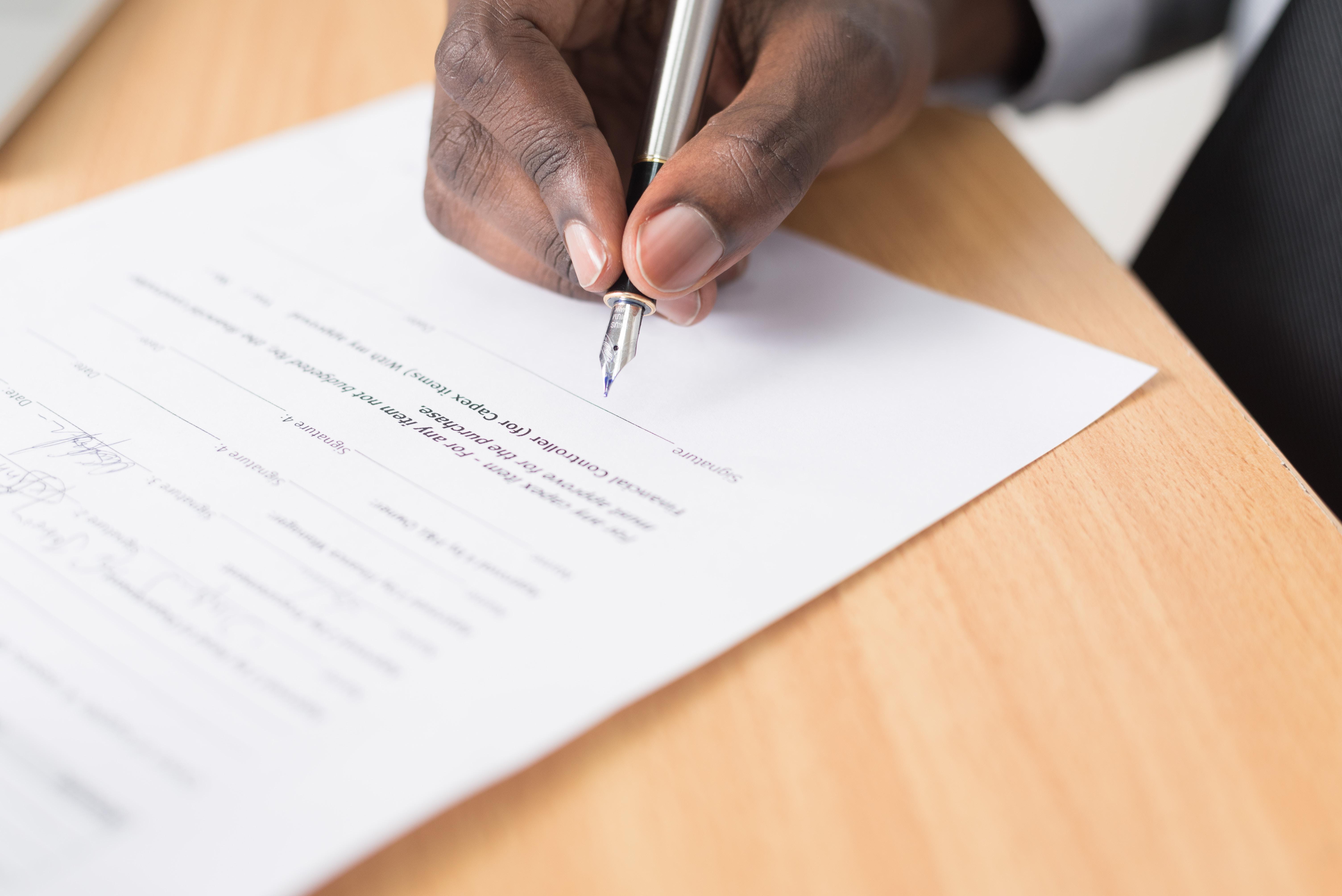 契約書・就業規則翻訳を円滑に済ませる3つのポイント